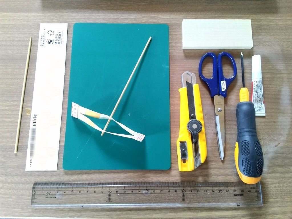紙トンボの材料と道具
